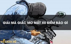 nam-mo-thay-mat-xe-may-0